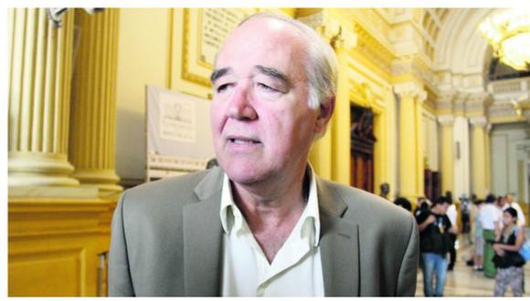 """Alfredo Barnechea no tiene un pasado vergonzoso como Keiko"", afirma Vitocho"