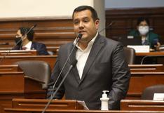 Franco Salinas, vocero de Acción Popular, reconoce que se vacunó contra el COVID-19 en EE.UU.