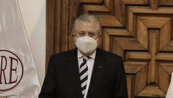 Óscar Maúrtua se presentó ante la comisión de Relaciones Exteriores. (Foto: GEC)