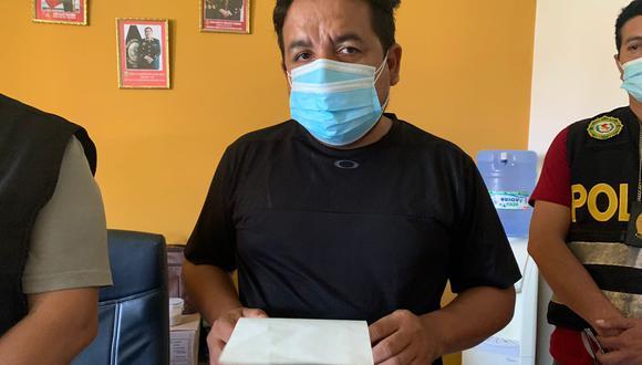 Piura: Héctor Rojas Arando, hermano de la víctima, ofrece una recompensa 20 mil soles a las personas que proporcionen información sobre el presunto asesino. (Foto: Tania Miroslava / GEC)