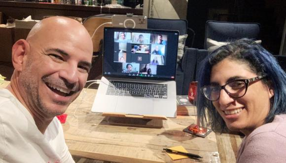 Los hermanos Ricardo y Mariana Morán iniciaron un podcast durante la pandemia. Ahora las conversaciones de este espacio se reúnen en un libro (Foto: Moranmente Incorrectos)