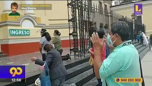 Sismo en Piura: Ciudadanos rezan en las calles tras fuerte temblor (VIDEO)