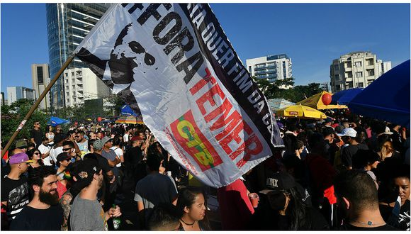 "Brasil:Miles se reúnenenSao Paulo para gritar ""Fuera Temer"""