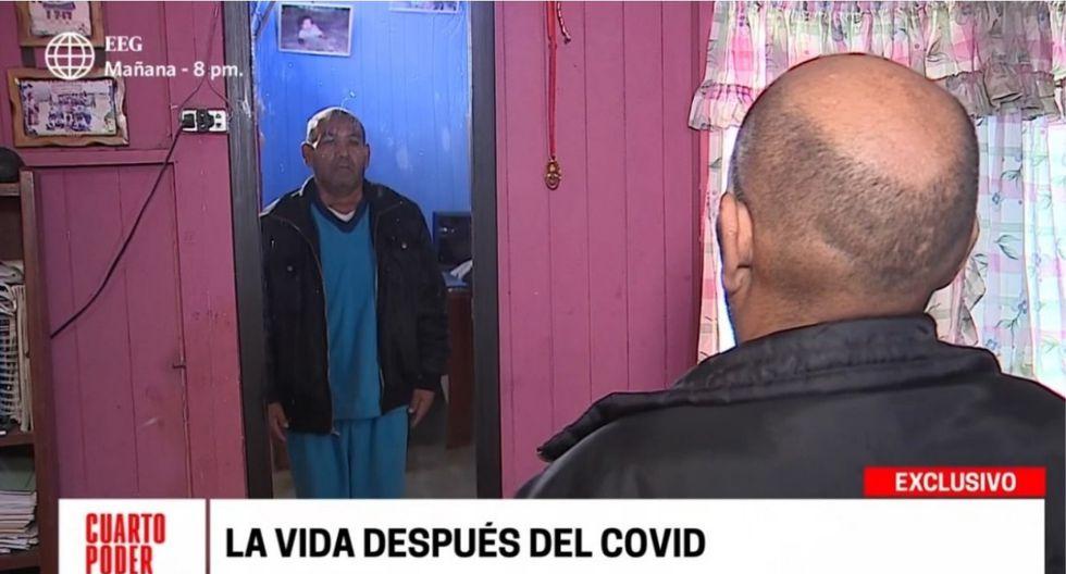 El paciente recuperado mirándose al espejo tras haber perdido más de 30 kilos. | Foto: Cuarto Poder.