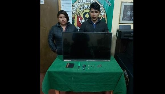 Pareja de enamorados roba televisor de hostal en Arequipa