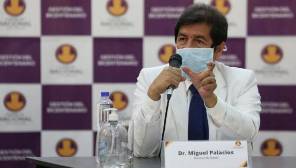 Titular del Colegio Médico señaló que el Estado debe cumplir con sus obligaciones frente a los profesionales de la salud. (Foto: GEC)