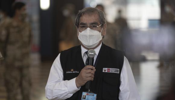 Ministro de Salud, Óscar Ugarte, remarcó que el incremento del número de fallecidos por COVID-19 se debe a que no se respetó el distanciamiento social. (Foto: Archivo GEC)