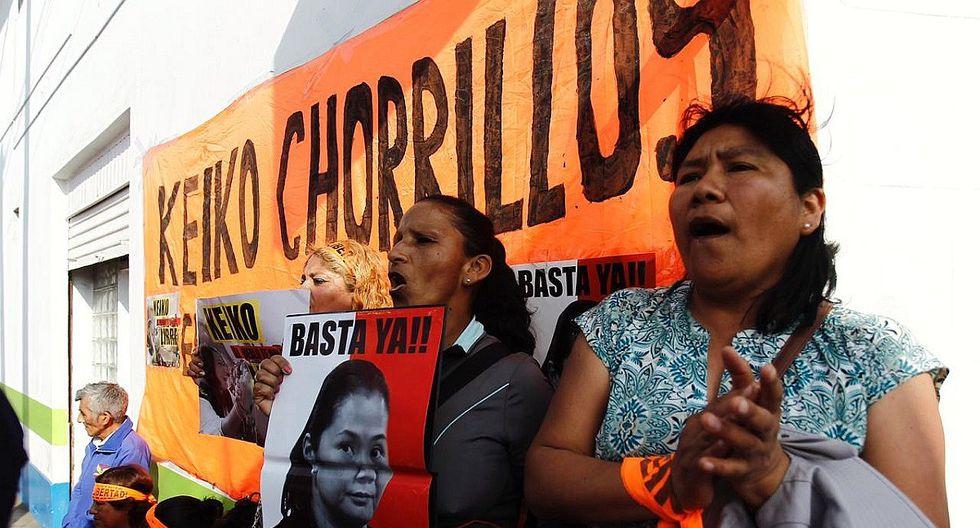 Keiko Fujimori: Simpatizantes de Fuerza Popular aguardan la salida de su lideresa (FOTOS)
