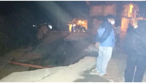 Intensas lluvias ocasionan deslizamiento de pavimento y afectación en viviendas de Cajamarca.