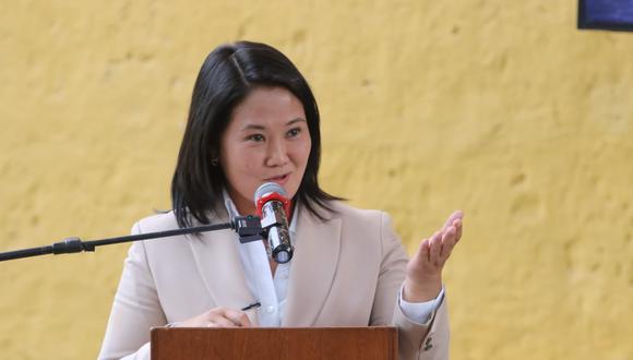 Candidata presidencial por Fuerza Popular se comprometió preservar la democracia, respetar la libertad de expresión, fortalecer las instituciones, entre otros.