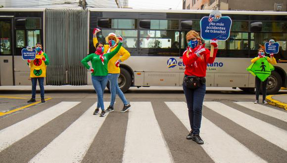 Concientizan a ciudadanos sobre el respeto a las normas de tránsito.