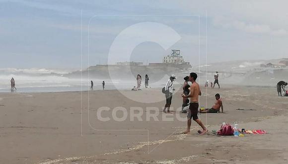 Familias burlan norma y acuden a playas de Mollendo