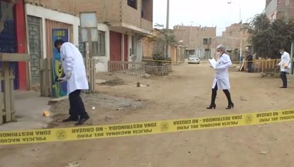Los peritos de criminalística en el lugar donde se produjo el asalto hallaron dos casquillos de bala. (Foto: PNP)