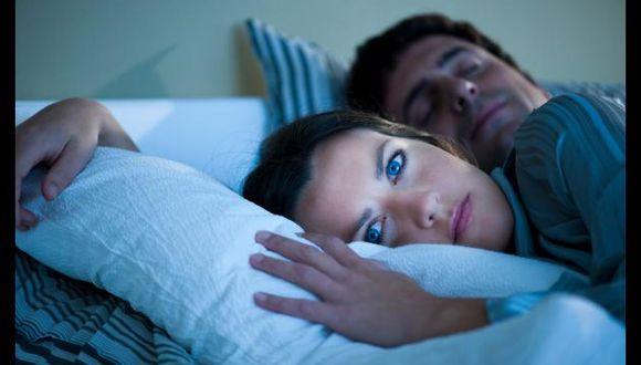 Según estudio, personas con mayor IQ se duermen más tarde