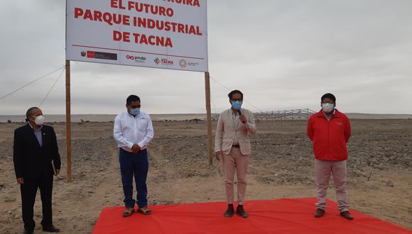 Ministro de la Producción, José Chicoma, recibió la transferencia del terreno para futuro parque industrial