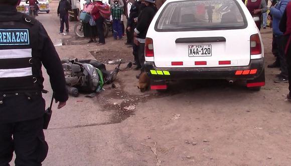 Motociclista resultó herida tras ser embestida por un vehículo en Juliaca