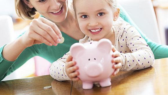 Día del Niño: ¿Cómo enseñarles hábitos de ahorros a los hijos?