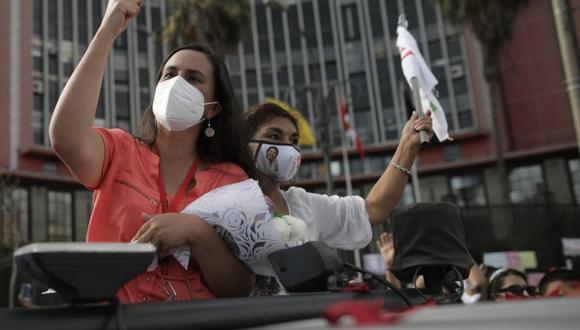 Verónika Mendoza indicó que su campaña es millonaria, pero no económicamente sino emocionalmente. (Foto: Anthony Niño de Guzmán / @photo.gec)