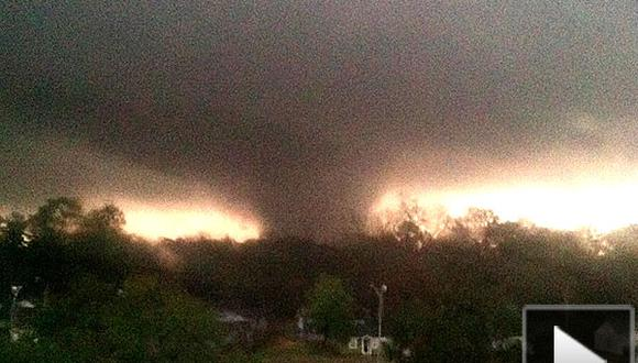 Video: Tornado arrasa con casas en Mississippi y deja 13 heridos