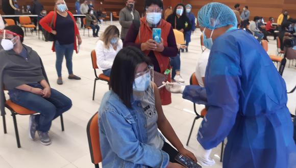 Priorizan vacunación de estudiantes menores de edad en la UPT y la UNJBG