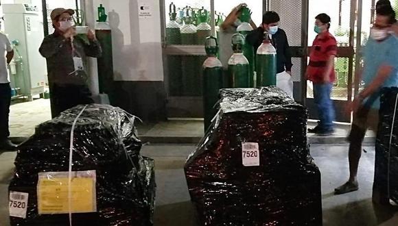 San Martín: Ministro de Salud, Víctor Zamora, anunció que repuestos para reparar planta de oxígeno del Hospital de Tarapoto fueron trasladados a dicha ciudad en un puente aéreo y entraría en función el 1 de julio. (Foto. Minsa)