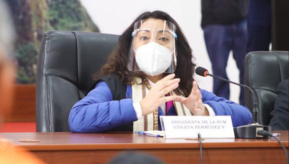 La titular de la Presidencia de Consejo de Ministros citó desde Cusco que las vacunas son consideradas bienes muy escasos cuyos precios son confidenciales.