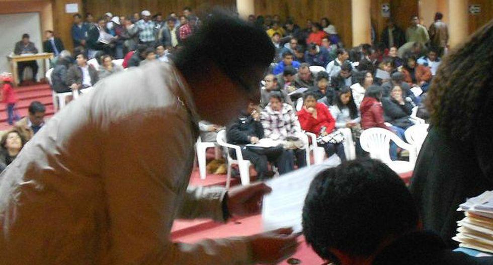 Adjudican plazas de directores en Huancavelica
