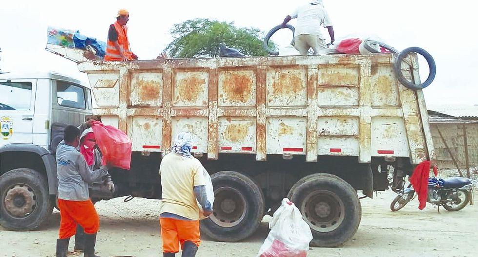 Recolectan diez toneladas de criaderos de zancudos