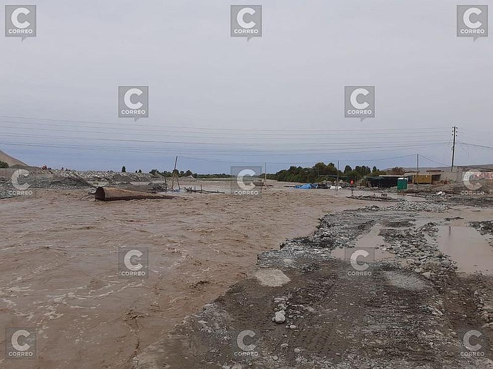 Río Tambo dañó los cimientos de la obra puente Freyre en Islay (FOTOS)
