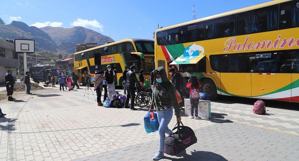 Huancavelica: 400 dejan Lima y retornan a su dulce hogar