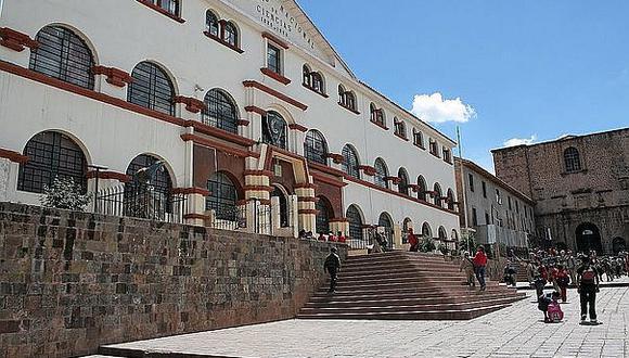 Escolar acuchilla por la espalda a su compañero en Cusco