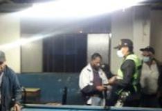 Detienen a 17 personas que se divertían en un billar en Ciudad Nueva