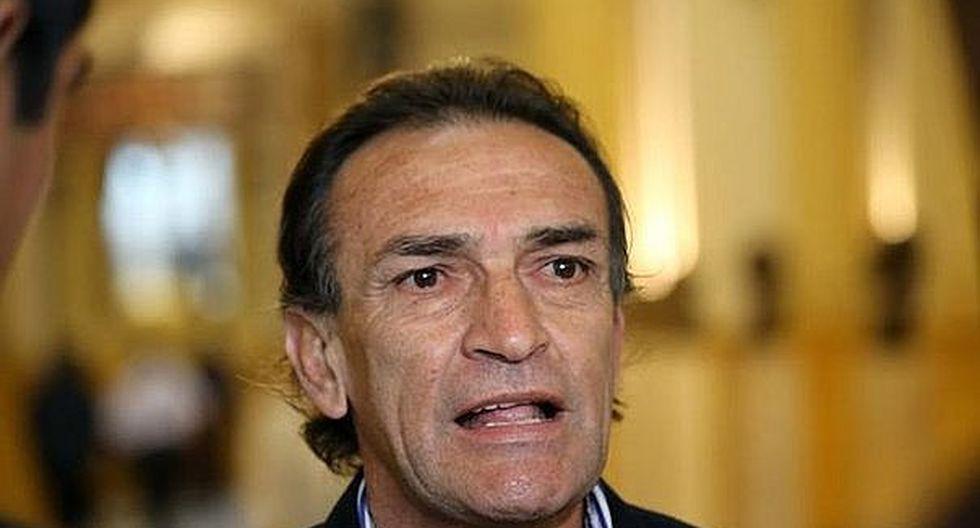 Héctor Becerril admite que conoce domicilio de algunos consejeros del CNM, pero niega reunión