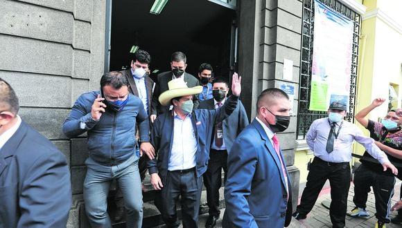 Llegada del presidente Pedro castillo a la RENIEC para tramitar la emisión del DNI Electrónico