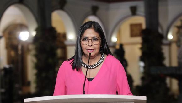 Delcy Rodríguez explicó que se ha ordenado un plan especial de atención para los jóvenes. (AFP).