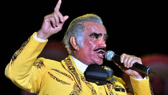 Los millones de seguidores del cantante mexicano Vicente Fernández están a la expectativa de su salud (Foto: Mauricio Dueñas / AFP)