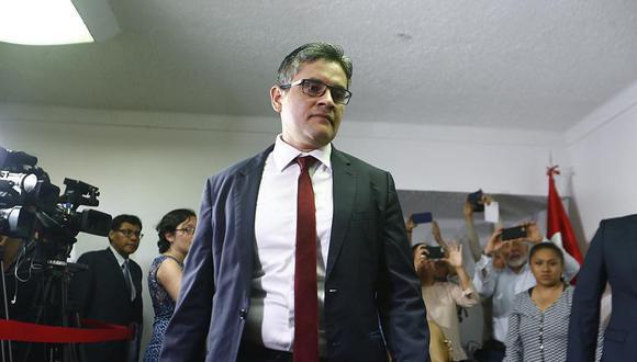 Universidad Católica confirma que tesis de fiscal Domingo Pérez no fue plagiada