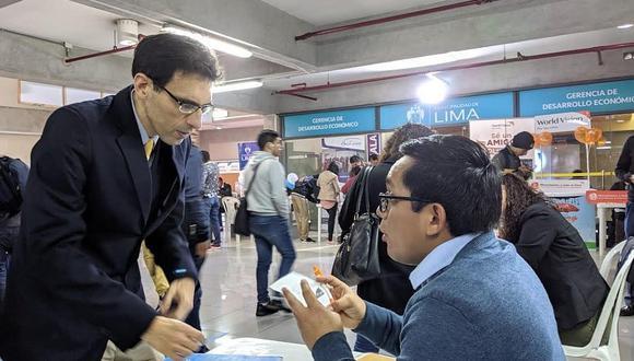 ¿Buscas trabajo? Ofrecen 1200 empleos en banca y telecomunicaciones en feria laboral
