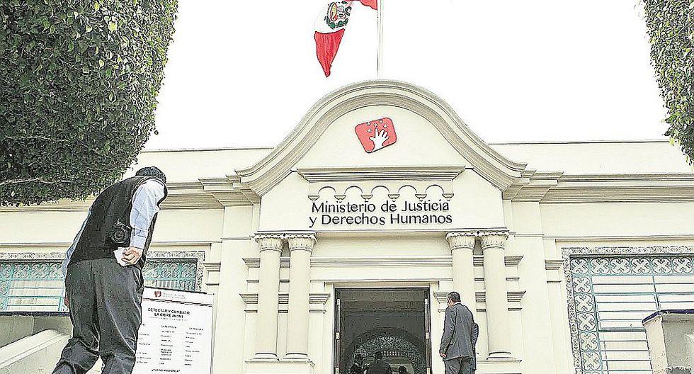 Ministerio de Justicia sanciona a 110 abogados por mala práctica profesional