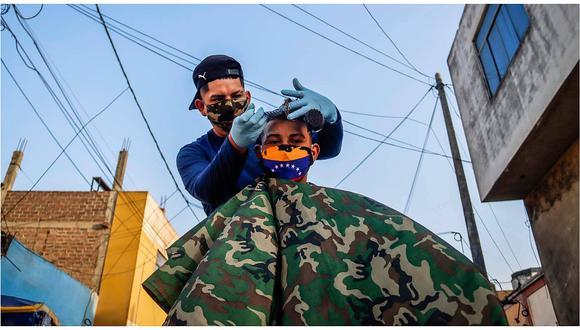 El barbero de la calle (FOTOS)