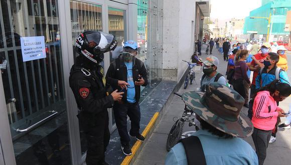 Cierran agencia del Banco de la Nación en Arequipa| Foto: Referencial