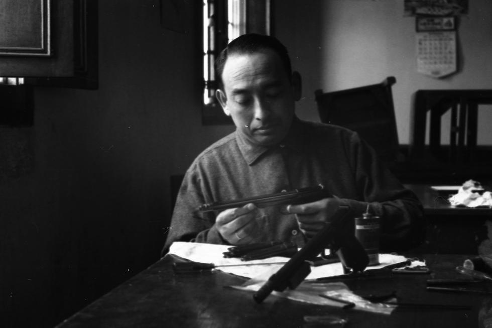 Edwin Vásquez Cam fue el primer representante peruano en ganar una medalla para el Perú. En los Juegos Olímpicos de Londres 1948 Edwin Vásquez obtuvo la medalla de oro en tiro olímpico, especialidad de pistola libre con distancia de 50 metros. (Foto: GEC Archivo Histórico)