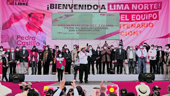 """Los rostros conocidos son el exfiscal Avelino Guillén y excongresistas Cevallos y Pari. Analista Benavente refiere que no hay figuras """"muy conocidas"""""""