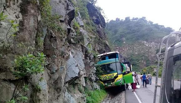 Pasajeros de ómnibus resultan heridos tras accidente en la carretera Fernando Belaúnde