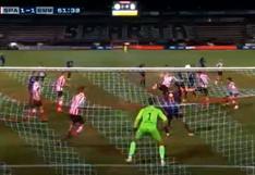 Miguel Araujo marcó gol con la espalda, defendiendo al Emmen (VIDEO)