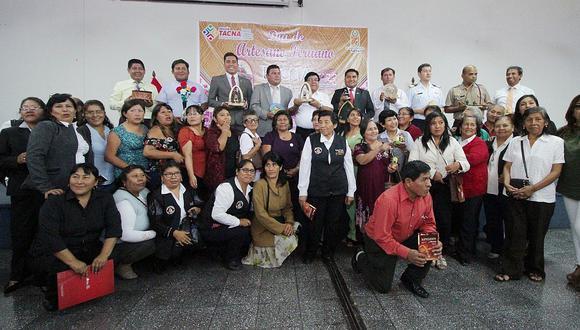 GRT reconoce como grandes maestros a dos artesanos de Tacna