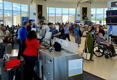 Estados Unidos mantiene restricciones a viajes internacionales por variante Delta