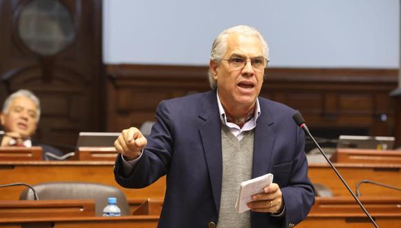 Gino Costa fue sancionado con tres días de suspensión por la Comisión de Ética Parlamentaria. (Foto: Congreso)