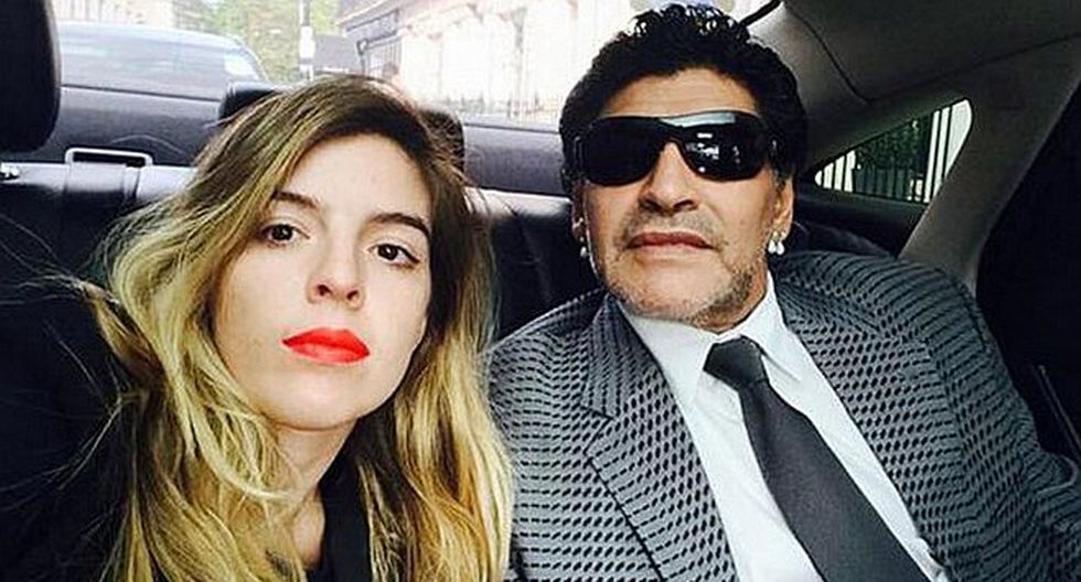 Hija de Diego Maradona sorprende con fotografía de su vestido de novia