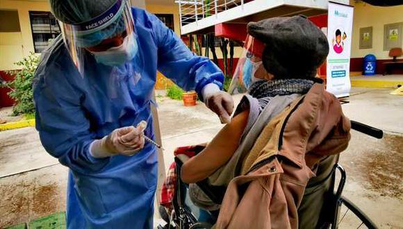 Cusco: La vacunación se cumplen en base al plan de la Geresa, las cuales están sujetas a la disponibilidad de dosis proporcionada del Minsa. (Foto: Gore)
